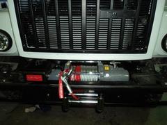 Примеры установки автомобильных лебедок