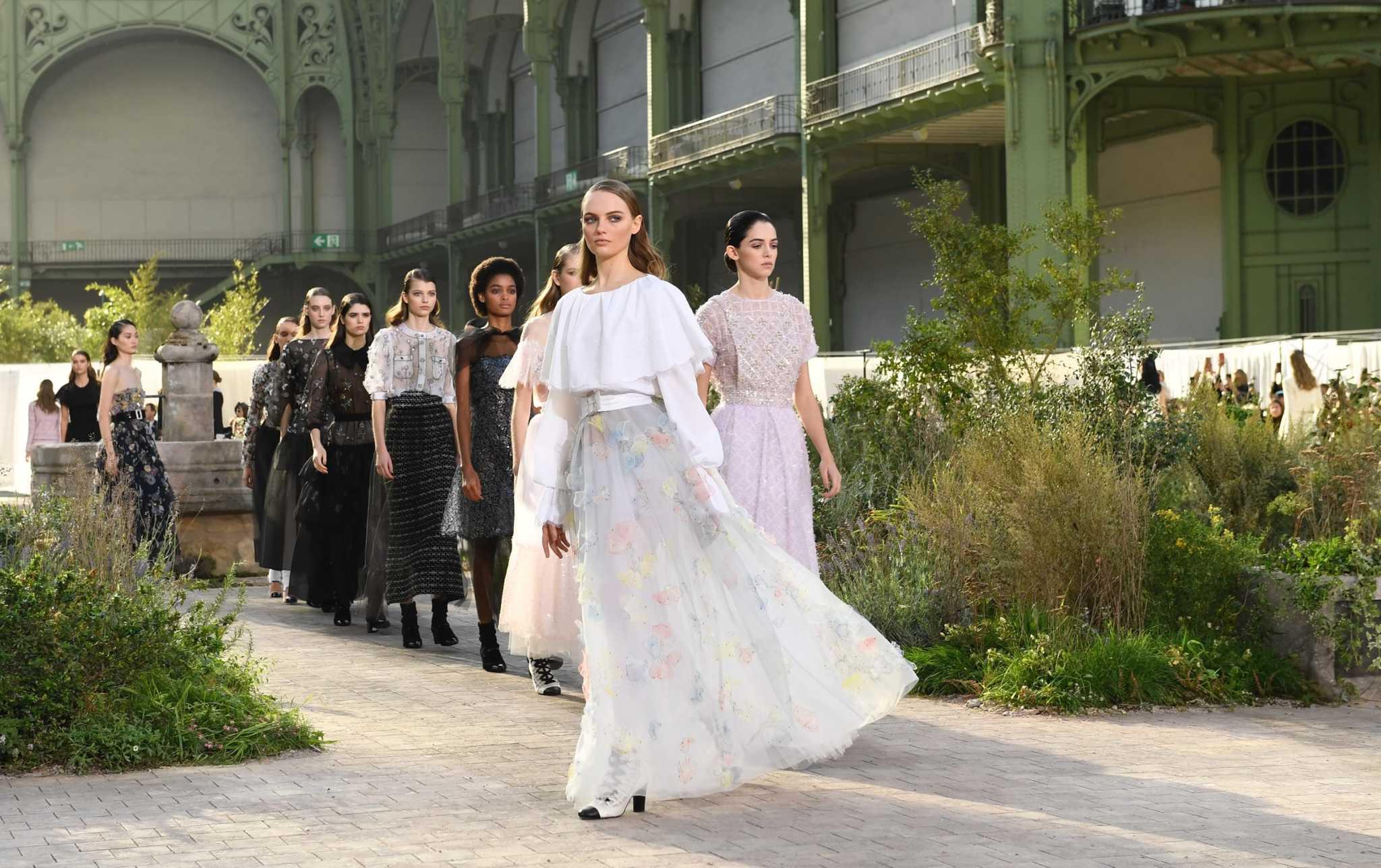 Показ Chanel Haute Couture`20