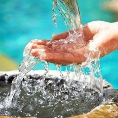 Зачем нужно пить воду по утрам