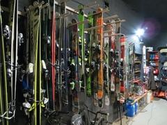 Горные лыжи и сноуборды из Европы дешево.