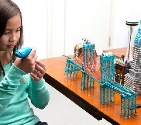 WobbleWorks получает награды за инновационные 3D-ручки 3Doodler