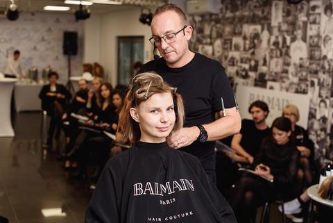 6 ноября в Международной Школе Keune Design прошел мастер-класс английского hair-стилиста BALMAIN HAIR  Пола Кертиса