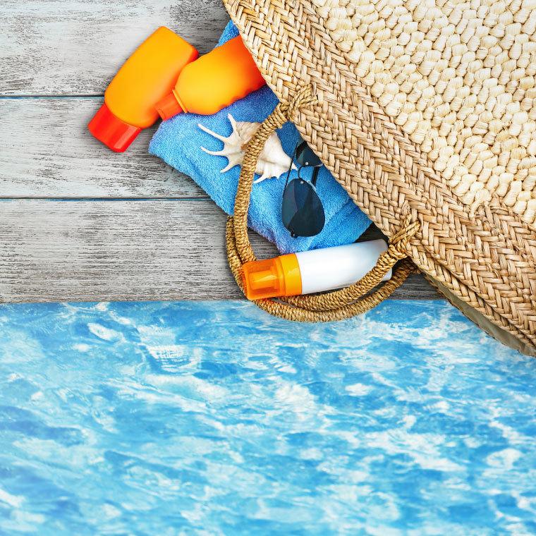 5 бьюти-средств которые нужно взять с собой в отпуск.