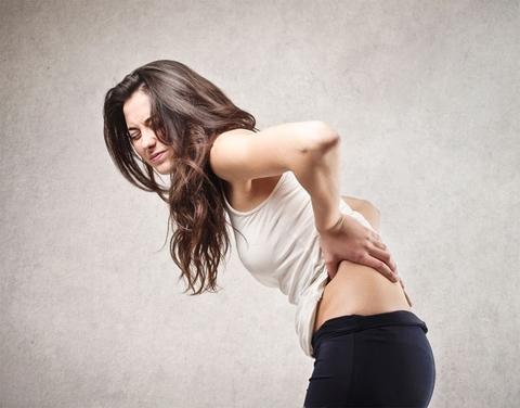 Как справиться с болью в спине во время работы.