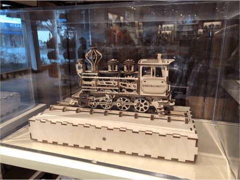 UGears выпустили новую коллекцию моделей под названием «Disney Parks».