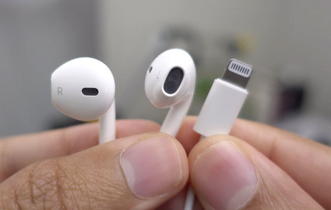 Обзор Apple EarPods Lightning