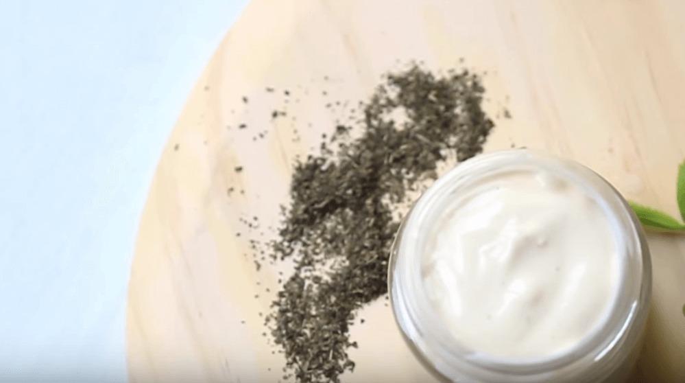 Натуральная маска для волос от перхоти. Рецепт.