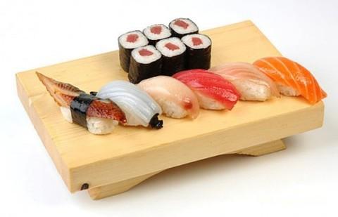 История суши и роллов