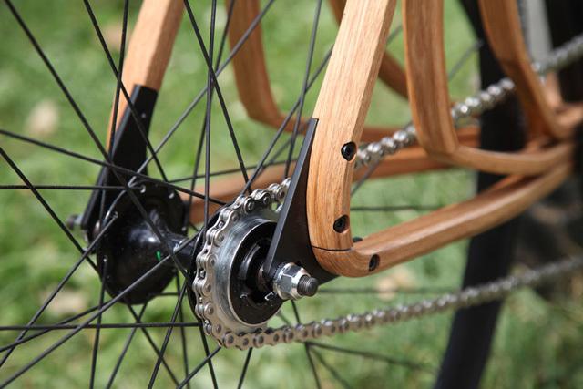Деревянный велосипед в стиле денди от Нико Шмутца