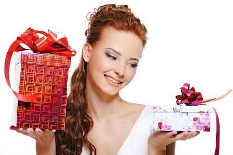 5 причин подарить женщине косметику.