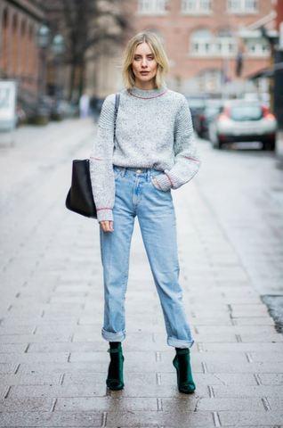 Свитер + джинсы = классика! 5 способов носить модно, а не скучно.