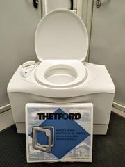 Биотуалет кассетный C-402 X от компании Thetford