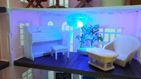 Меняем освещение в кукольном домике Happy Family