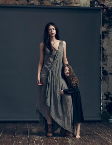 Торжество женственности в съемки Анны Шульги и ее дочери Оливии
