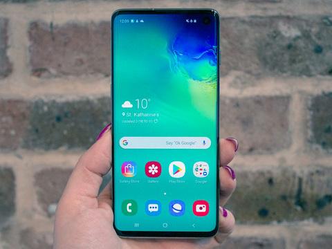 Samsung Galaxy S10. Инновации и здравый смысл
