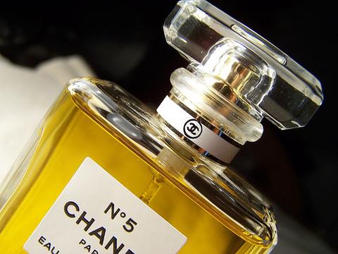 7 вещей, за которые нам следует благодарить Коко Шанель (Coco Chanel)