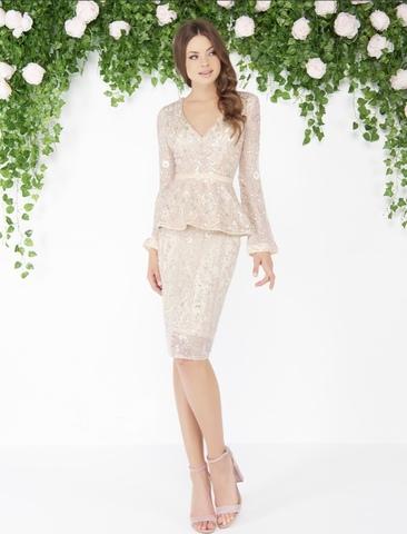 Платье с баской  в бутике ESDRESS