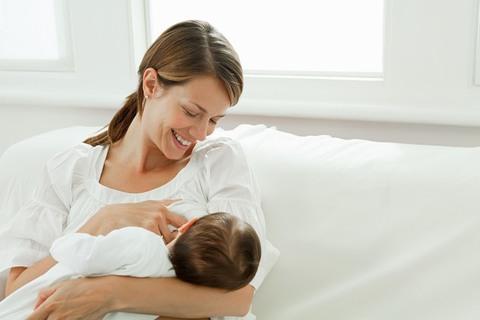 Почему ребенок отказывается от грудного кормления.