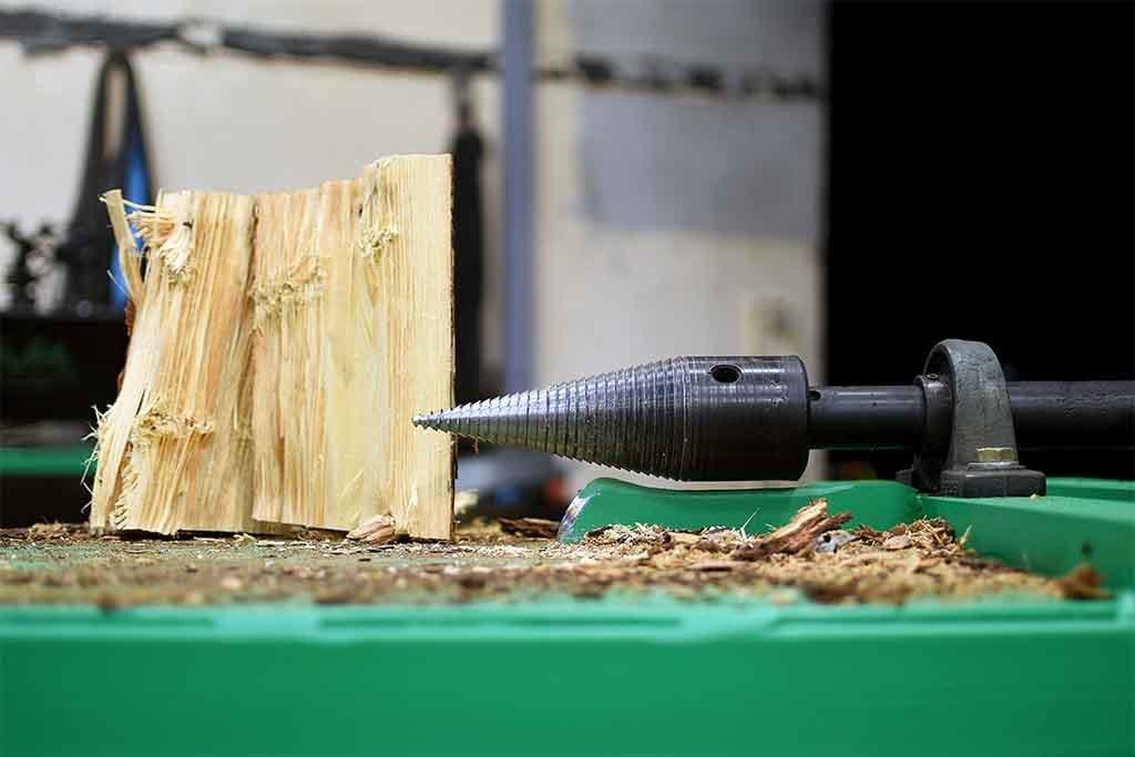 Устройство винтового дровокола и советы по его изготовлению собственноручно