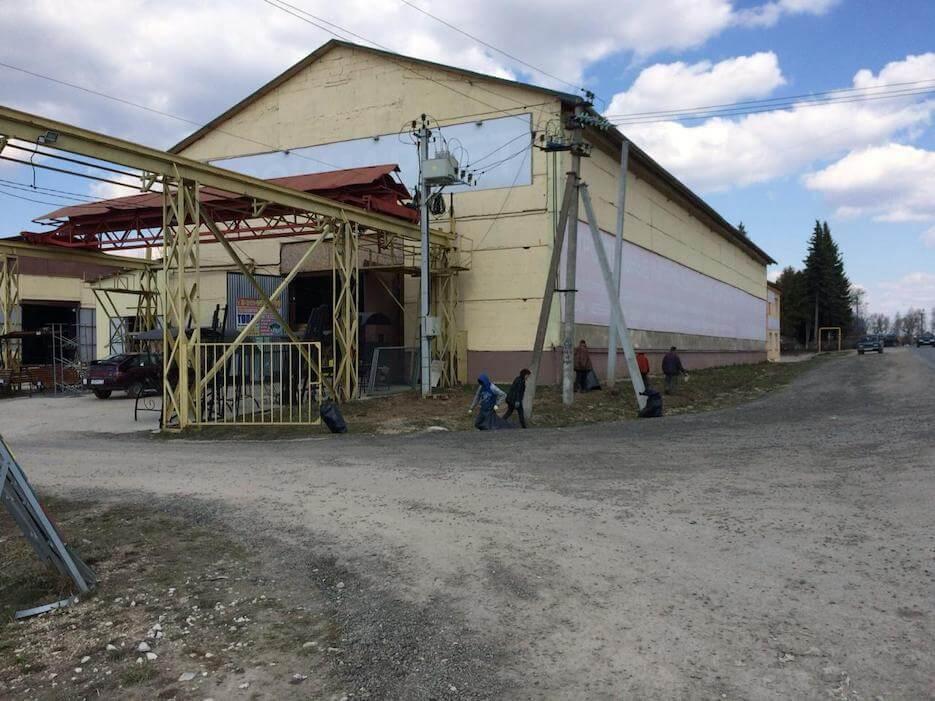 Сотрудники СтройМаркета ДляСтроителей.рф приняли участие в субботнике