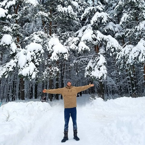 Зимняя пробежка в лесу