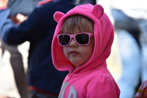 Как помочь застенчивому ребёнку? 4 совета родителям!