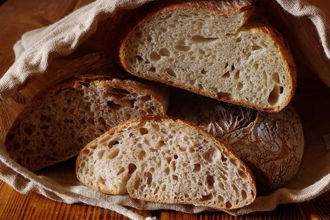 Преимущества хлеба на закваске. Опара и закваска.
