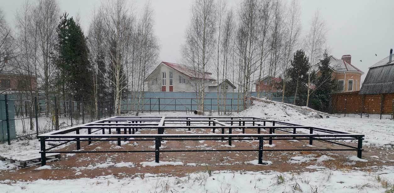 Монтаж свай зимой