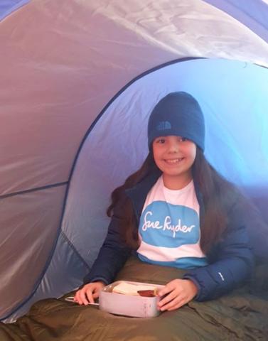 9-летняя девочка «поднялась на Эверест», не выходя из дома