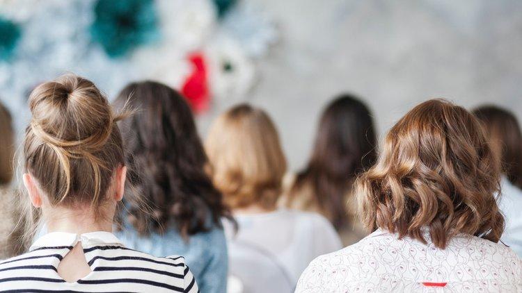 Типы волос: описание, особенности стрижек и рекомендации