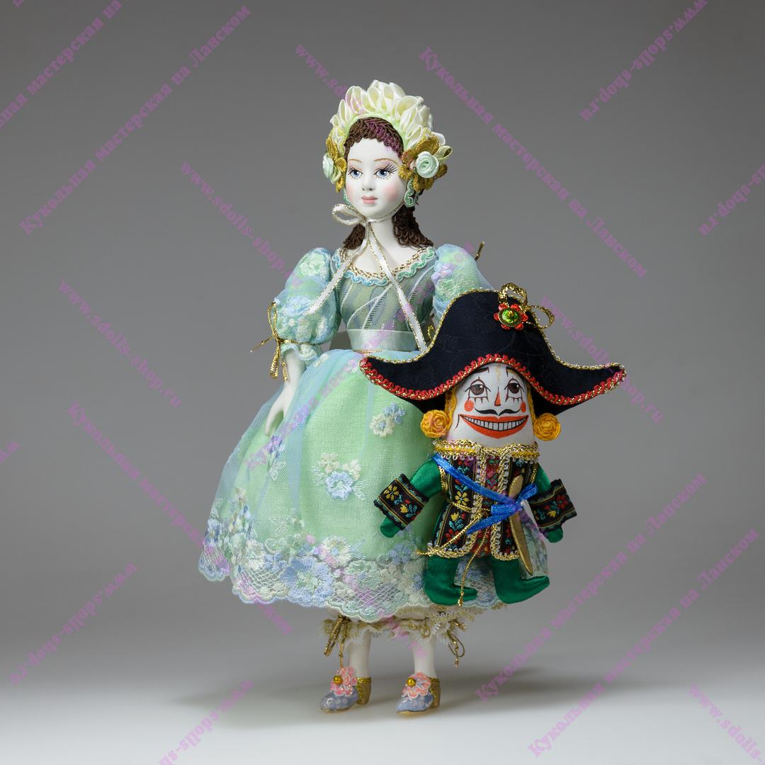 Новая кукла-статуэтка