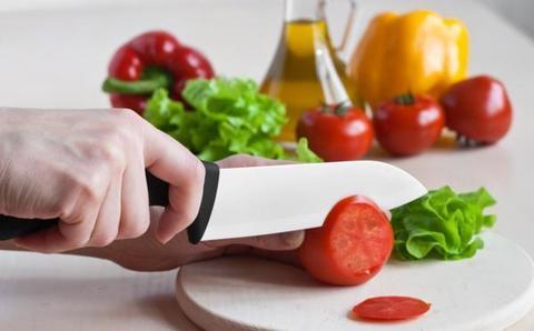 Как правильно держать нож и быстро резать продукты