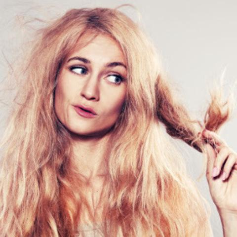 Что делать, если волосы стали ломкими и ослабленными?