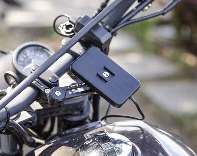 SP Connect Wireless Charging Module: зарядка для мотоциклистов