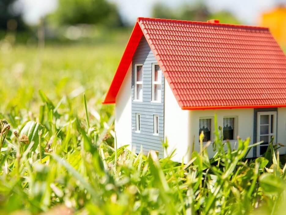 Упрощенный порядок оформления садовых и жилых домов на землях для садоводства действует до 1 марта 2021 года