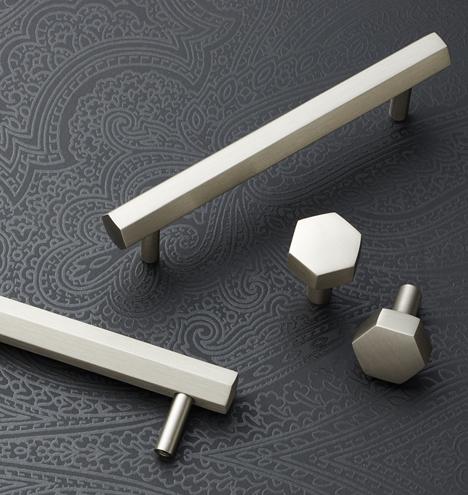 Как правильно ухаживать за ручками из серебра?