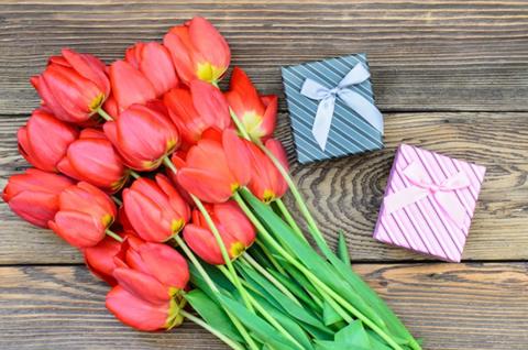 8 Марта – отличный повод подарить корейскую косметику