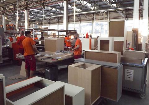 Актуальная вакансия сборщика мебели в цех на мебельное производство в СПБ