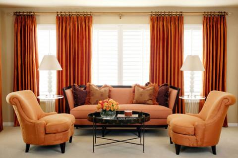Советы по сочетанию цветовой гаммы мебельной обивки и штор