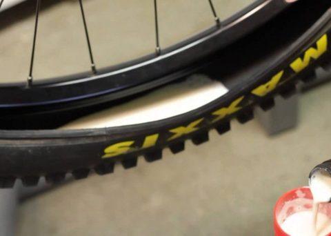 Ремонт велосипеда: Как установить бескамерную покрышку на велосипед