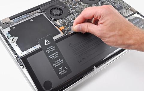 Как посмотреть сколько циклов зарядки Macbook