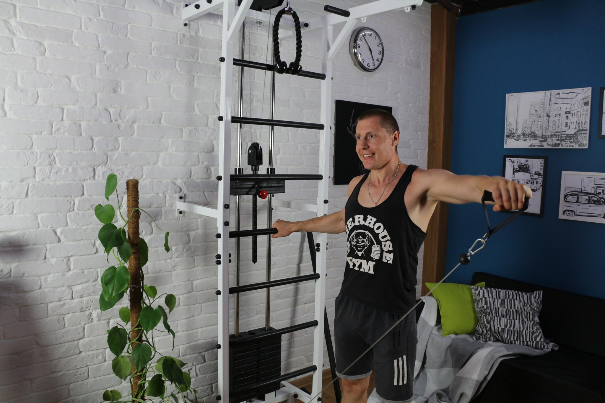 Усиленная шведская стенка с блочным тренажером