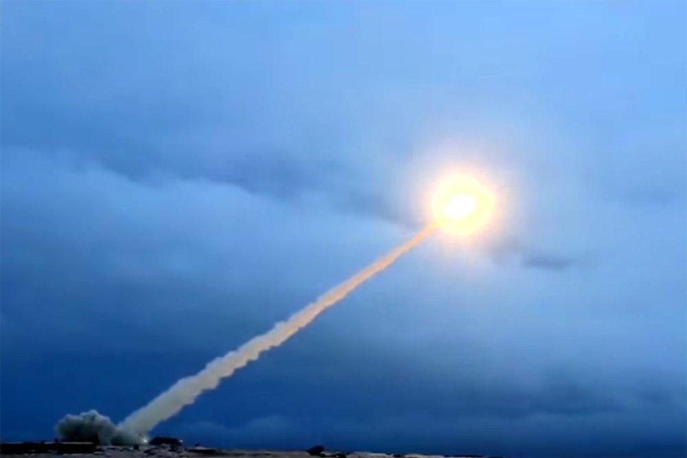 """Минобороны подбирает имя для """"неудержимой"""" ракеты"""