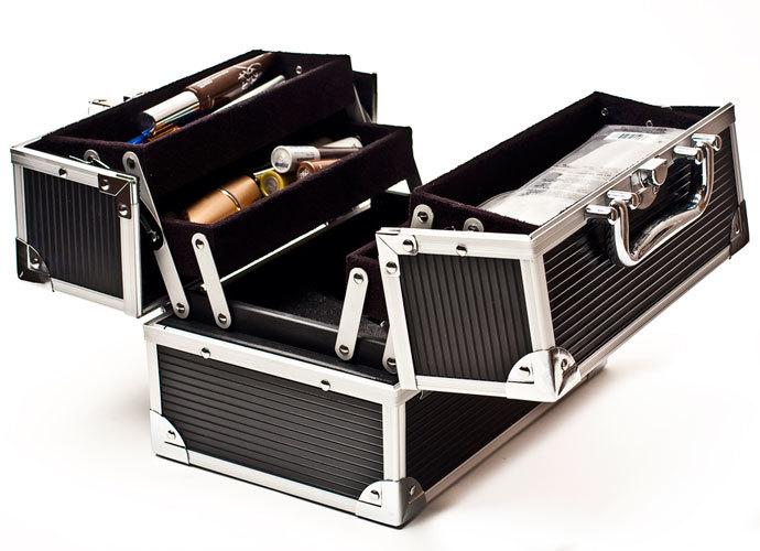 Кейс кейсу рознь: выбираем «чемоданчик красоты»