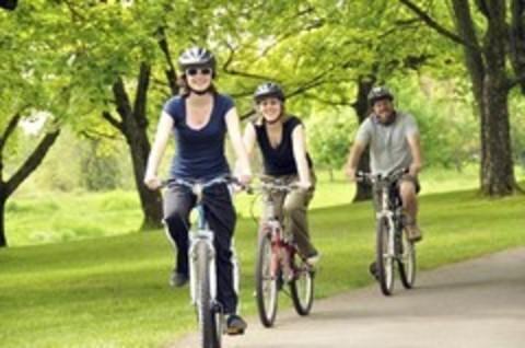 Стоит ли надевать велосипедный шлем