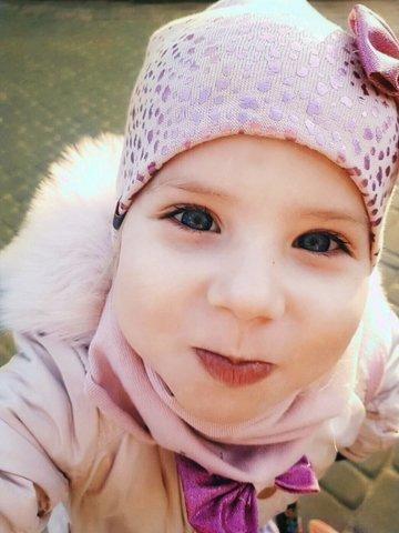 6 способів, як переконати малюка одягти шапку
