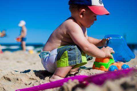 Во что поиграть с ребёнком на пляже?!