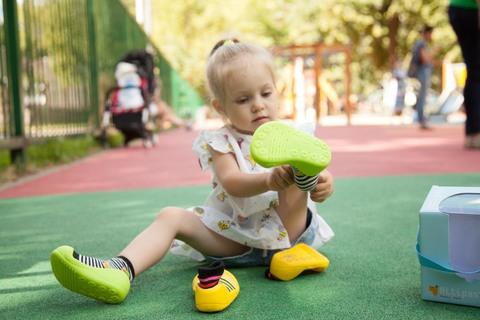 Правильный подбор размера детской обуви по возрасту
