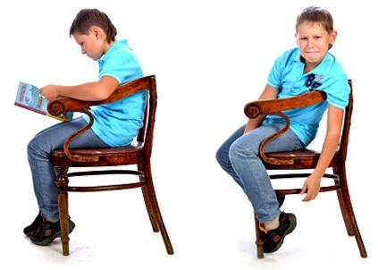 Каждый десятый школьник получает сколиоз из-за неудобной мебели