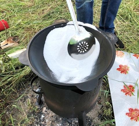 Как обжечь и подготовить казан перед использованием? ВИДЕО